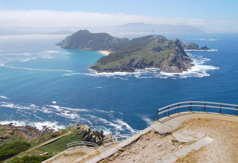 Vista de las Islas Cies desde un mirador