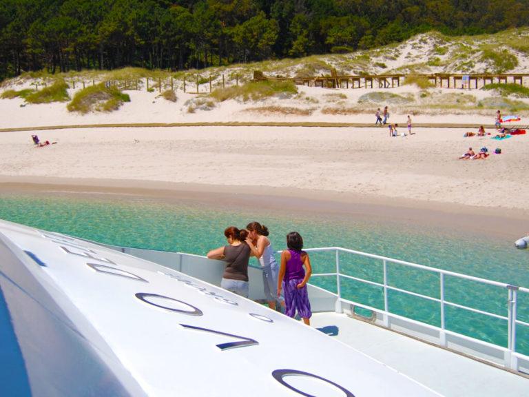 Barco Islas Cíes - Playa de Rodas