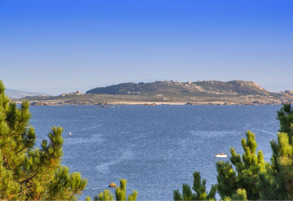 vista de la isla de salvora